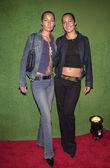 Tina and Nikki Collins — Stock Photo