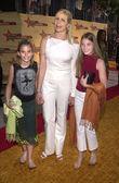 Mariel χέμινγουεϊ με dree κόρες και langley — Φωτογραφία Αρχείου