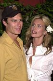 Natasha Henstridge and Liam Waite — Stock Photo