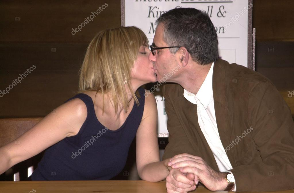 Kim Cattrall and husband Mark Levinson – Stock Editorial ... Kim Cattrall Satisfaction