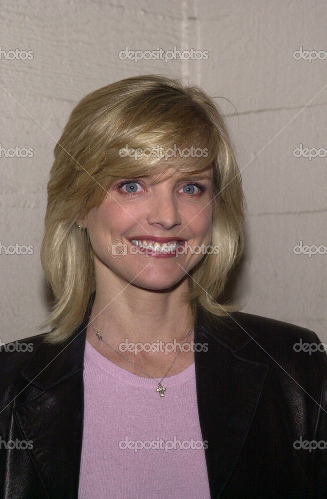 "<b>Courtney Thorne-Smith</b> in der ""Was für ein paar"" für Revlon, ... - depositphotos_17898961-Courtney-thorne-smith"
