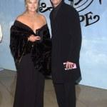 ������, ������: Hugh Jackman and Girlfriend