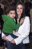 Jennifer Connelly and son Kai — Stock Photo