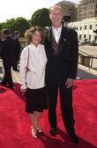 James cromwell et son épouse — Photo