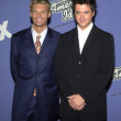 Brian Dunkleman and Ryan Seacrest - Stok fotoraf