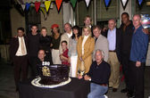NYPD Blue cast and crew cut the cake — Stock Photo