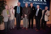 Allan Arbus, Harry Morgan, Mike Farrel, Alan Alda, Wayne Rogers, William Christopher and Jamie Farr — ストック写真