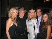 Leesa Rowland, Smokey Miles, Shelley Michelle, Jeff Rector and friend — ストック写真