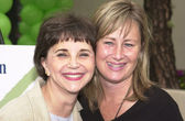 Cindy Williams and Kelly Stone — Stock Photo