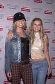 Jaime Pressly and Nicole Eggert — Stock Photo