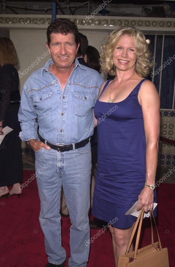 Mac Davis And Wife Stock Editorial Photo S Bukley