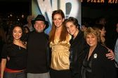 Aimee Garcia, Julio Oscar Mechoso, Rebecca Creskoff, Pablo Santos and Lupe Ontiveros — Stock Photo