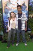 Jenna Von Oy with Kal Penn — Stockfoto