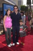 Antonio Sabado Jr, Virgina Madsen and son — Foto Stock