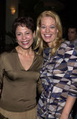 Roxann Dawson and Jeri Ryan — Stock Photo