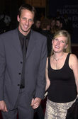 Tony Hawk and wife — Stock Photo