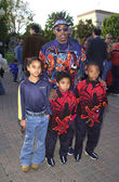Coolio with kids Zhane, Milan and Darius — Stock Photo