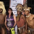 Stockfoto: Karen Allen and ShakZulu dancers