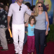 Stockfoto: David James Elliot, Wife Nancy, Daughter Stephanie