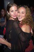 Christina Applegate and Sister — Stock Photo