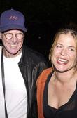 Linda Hamilton and Bruce Dern — Stock Photo