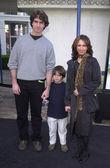 Susanna Hoffs, Jay Roach and son Jackson — Stock Photo