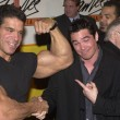 Постер, плакат: Lou Ferrigno and Dean Cain