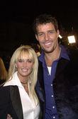 Tony Robbins and wife Sage — Stock Photo