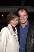 Catherine Bell and hubby Adam Beason — Stock Photo