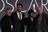 Craig Zadan, Chris Hemsworth, Cheryl Boone Isaacs and Neil Meron — Stock Photo
