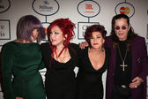 Kelly Osbourne, Cyndi Lauper, Sharon Osbourne, Ozzy Osbourne — Stock Photo