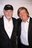 Mike Love, Peter Noone — Stock Photo