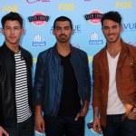 Nick Jonas, Joe Jonas, Kevin Jonas — Stock Photo #50691831