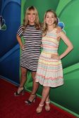Mary McCormack, Ella Rae Peck — Stock Photo