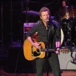 Постер, плакат: Dierks Bentley