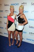 Karissa Shannon, Kristina Shannon — Stock Photo