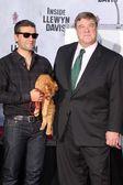 John Goodman, Oscar Isaac — Stock Photo