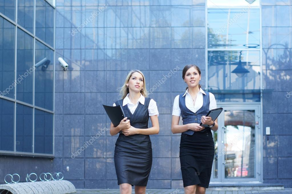 Young attractive business women  — Stock Photo #14927705