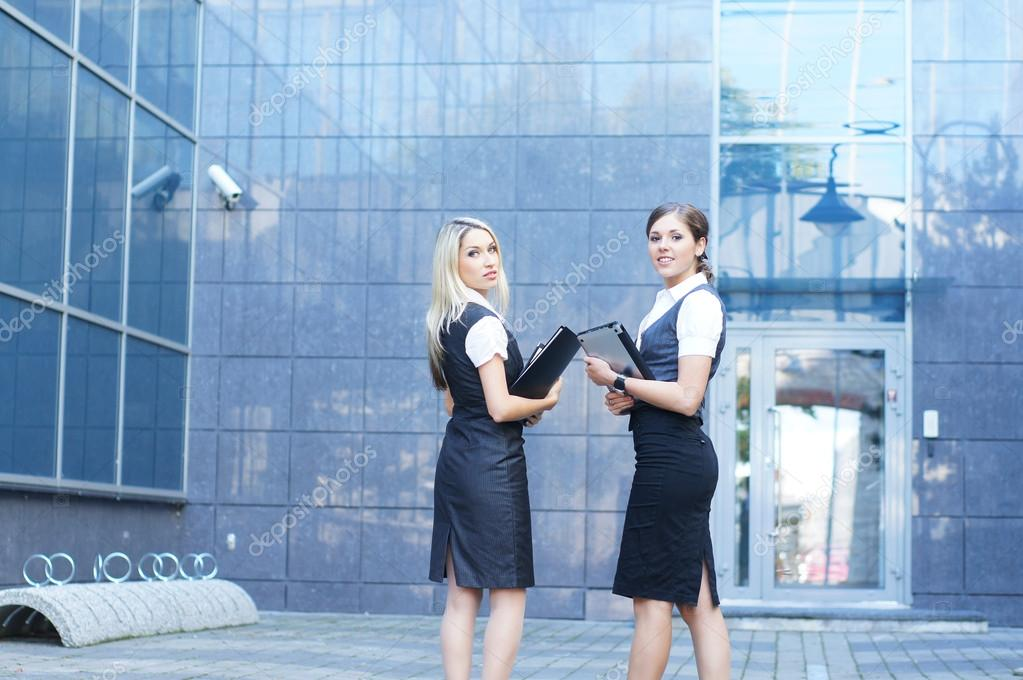 Young attractive business women  — Stock Photo #14927767