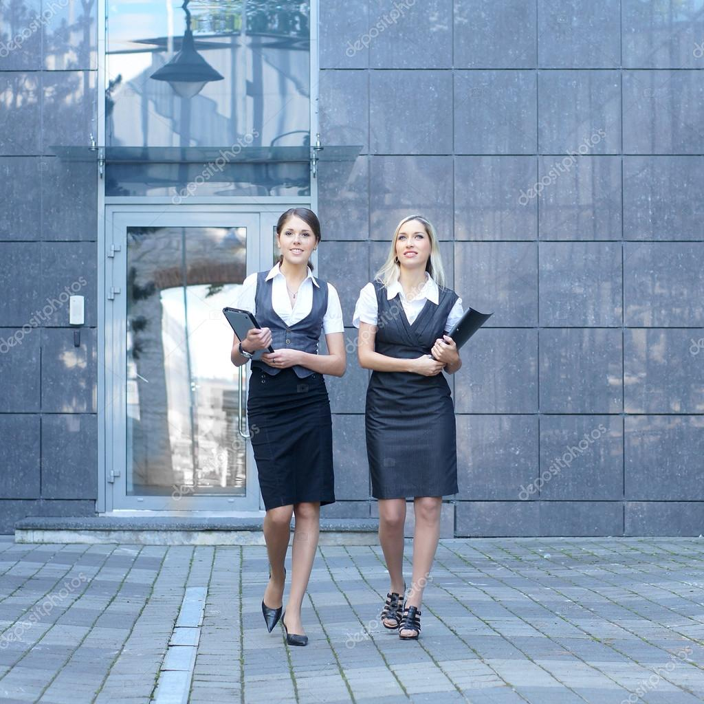 Young attractive business women  — Stock Photo #14927813