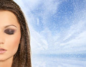 Attractive latino woman dreaming in a blizzard — Stock Photo