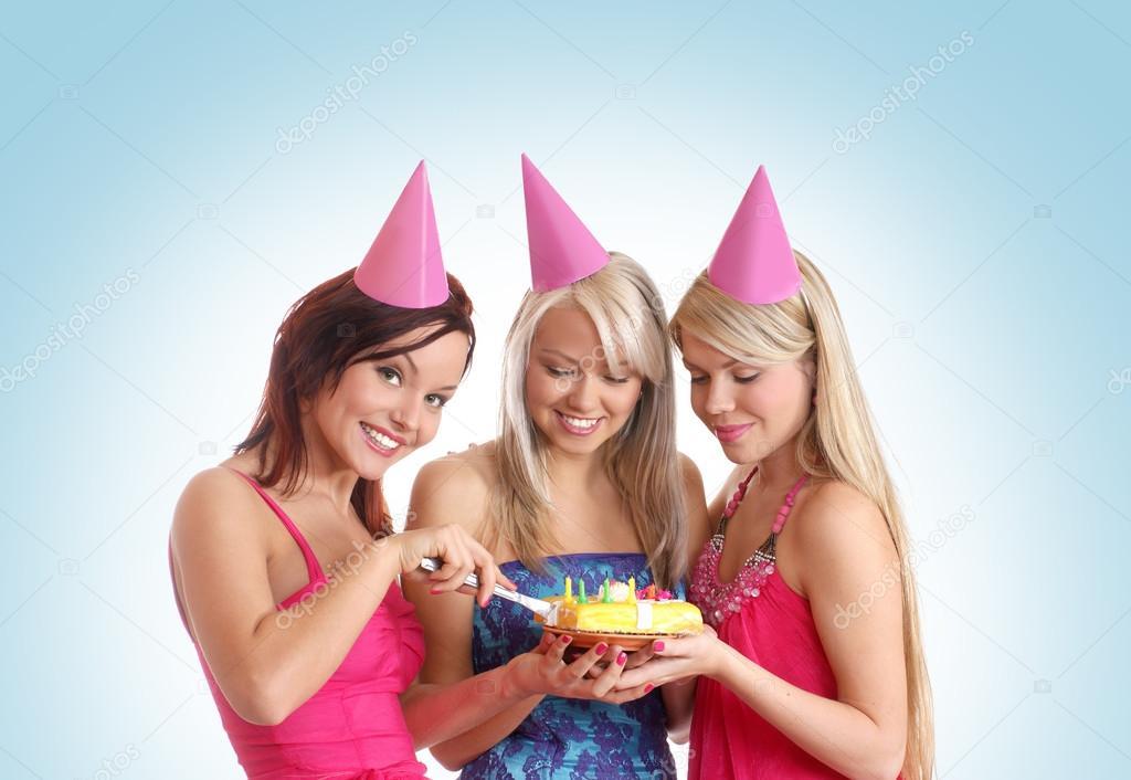 Фото девушек празднуют день рождения