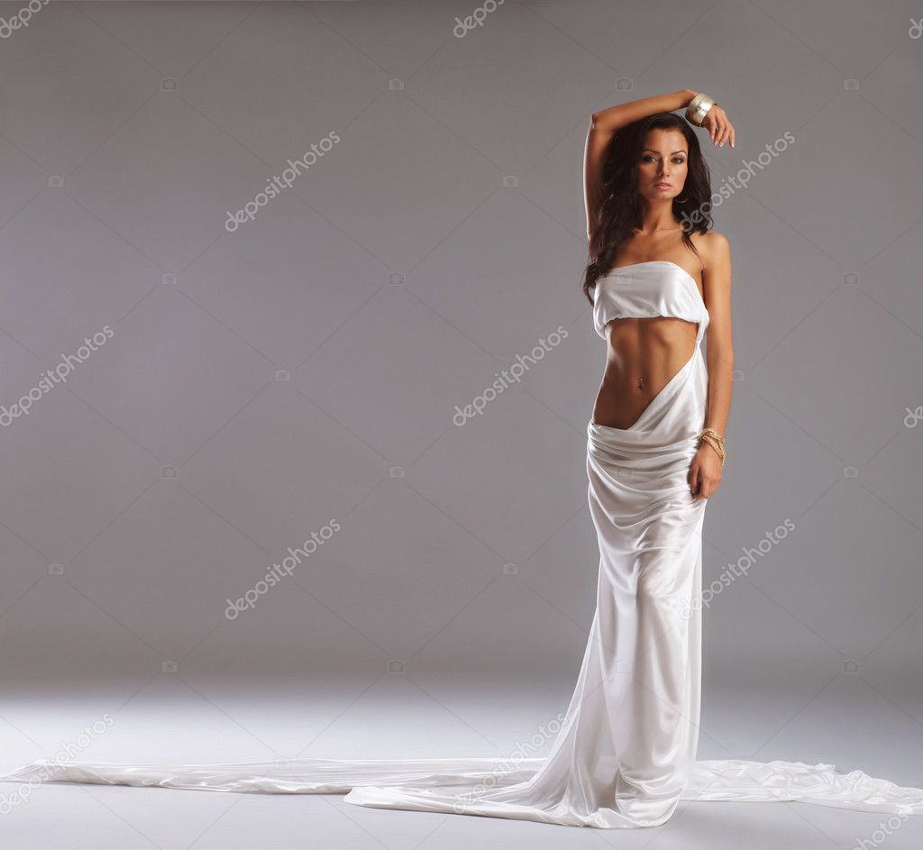 Fashion shoot of Aphrodite styled young woman — Stock Photo #15384285