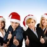 Junge attraktive Geschäfte in Weihnachten Stil auf blauem Hintergrund — Stockfoto