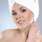 Young and healthy young woman getting health treatment — Stock Photo