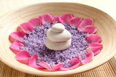Colorful background made of some beautiful spa elements — Stock Photo