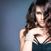 High-end retouched portrait of young and attractive woman — Stock Photo