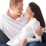 joven pareja feliz sobre fondo blanco — Foto de Stock   #15758631