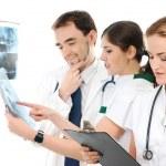 若くてスマート医療従事者のチーム — ストック写真