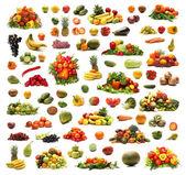 Muchos diferentes frutas y vegetales aislados en blanco — Foto de Stock